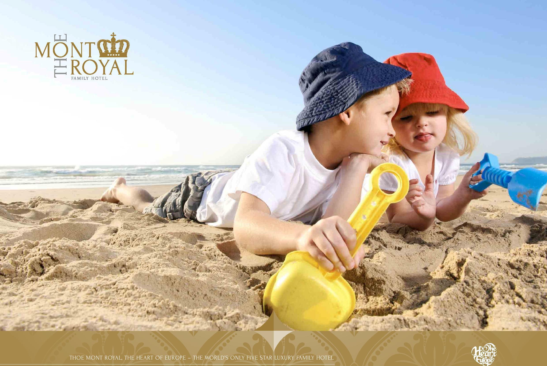 Три Девушки На Пляже Дюны Торент